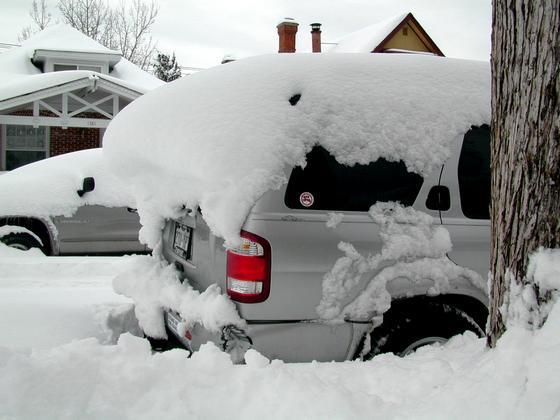 2006 blizzard - snow cornice on Pathfinder